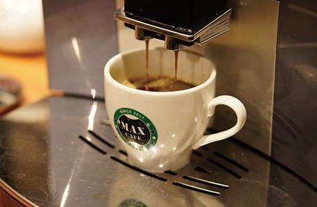 お客様に憩いの空間を提供するお仕事を始めませんか。幅広いカフェの業務に関わることができます。